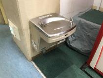バリアフリー対応冷水機